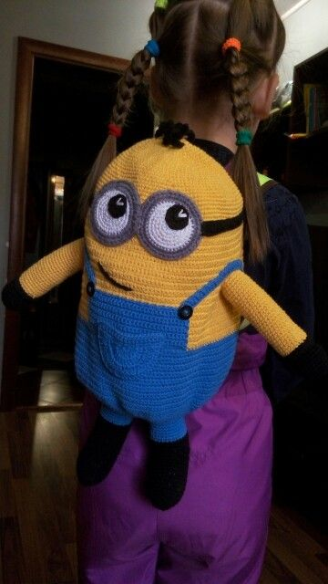 minion backpack crochet by Rashodchikova