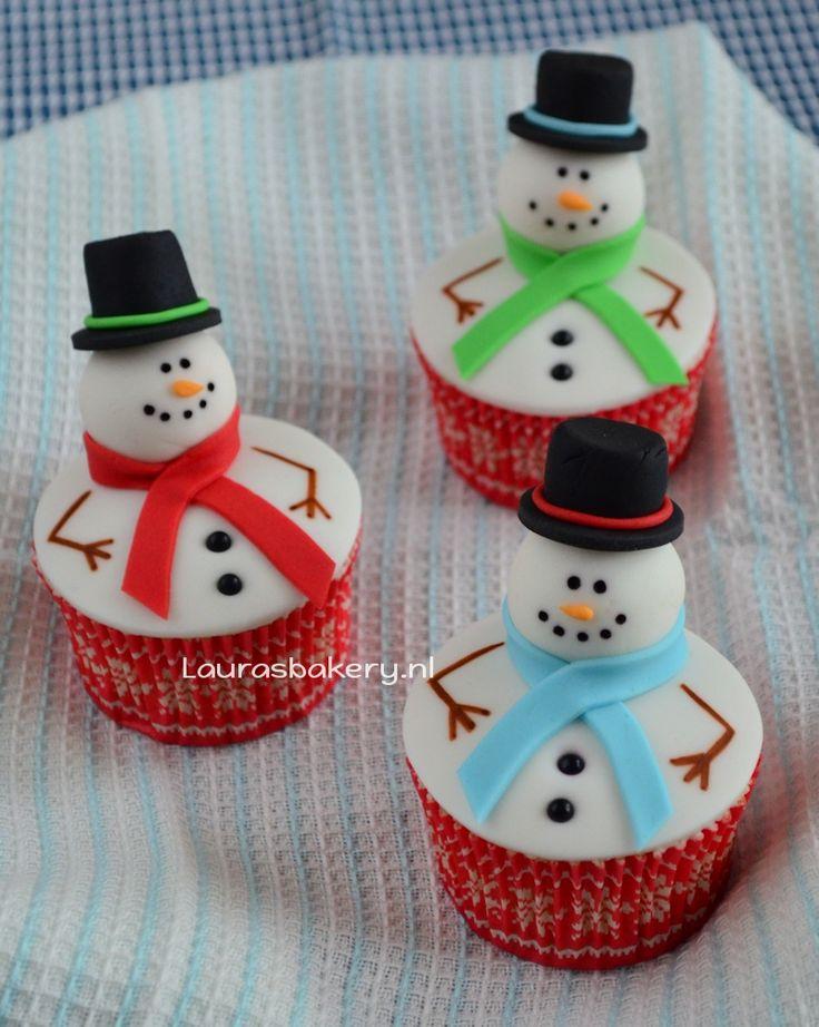 Sneeuwpop cupcakes - Laura's Bakery