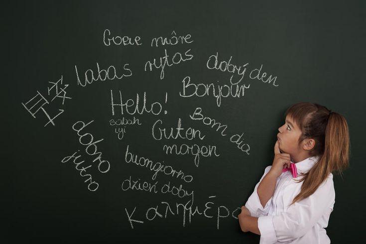 Мы удивляемся, когда слышим от знакомых: «Мой сын/дочь изучает английский, немецкий, французский и дополнительно занимается итальянским языком.» Сочувствуешь этому ребёнку и думаешь, как можно столько уместить в голове и не запутаться?