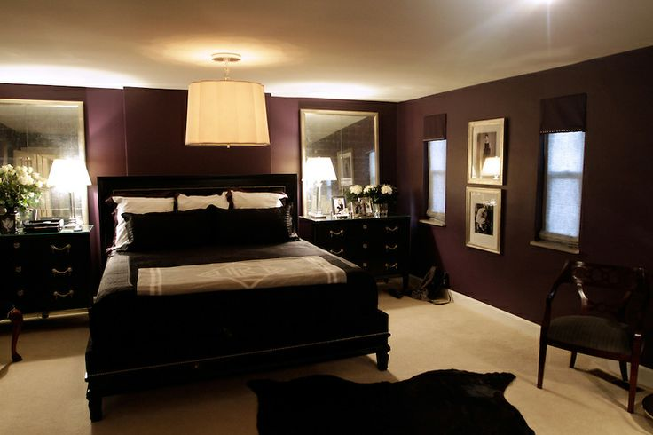I like the idea of mirrors on each side of the bed to make the room look larger