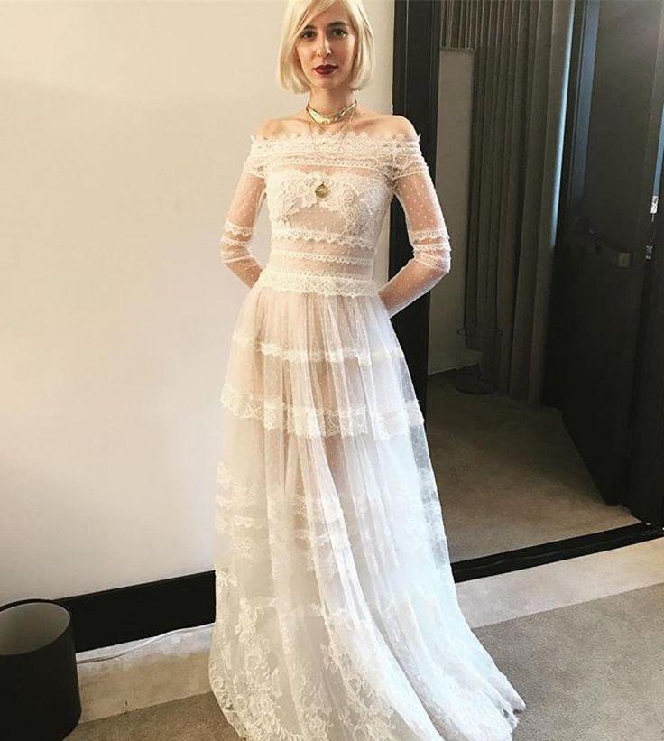 Ethereal #costarellosbride in #NYBFW  #costarellos #nybfw2017 #nybridalmarket #newyorkbridalweek #newyorkbridalfashionweek2017 #followthebuyers #spring2018 #bride #weddingdress #bohochic #novia #runway #catwalk #NY #nybridal