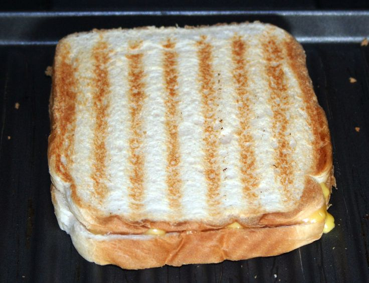 How to Make a Grilled Cheese Sandwich in a George Foreman Grill in 5 Steps