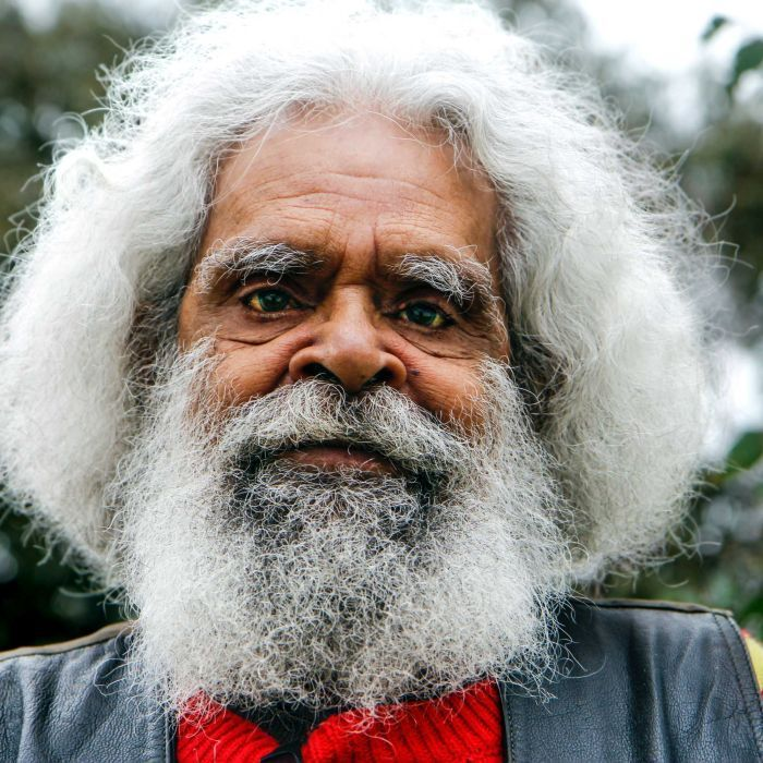 For over a decade, actor and Indigenous leader Jack Charles has been banned from…