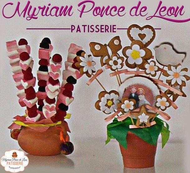 Cookies decorados y pinchos de golosinas para mesas dulces