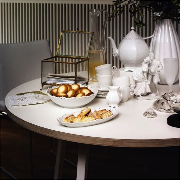 If you have a small space, you want to use as a smart dining spot - without taking up too much space,  have a look at this table from HAY. Simple and elegant!  Loop stand round table - HAY: Small Spaces, Round Tables, White Ceramics