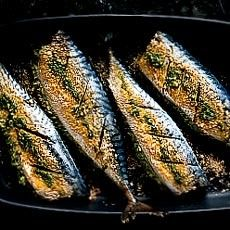 Oven-baked Mackerel Stuffed with Pesto Mash   must try this!