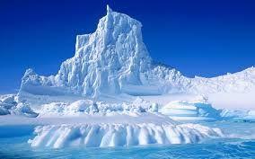 Výsledek obrázku pro ledovec pod vodou