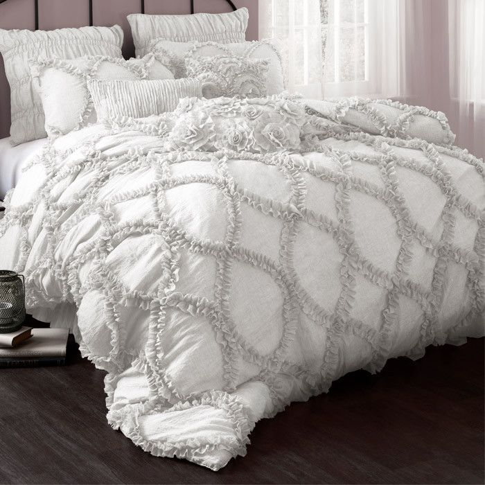 1000 Ideas About White Ruffle Bedding On Pinterest