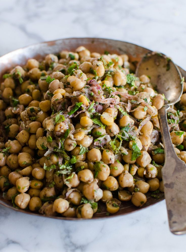 Chickpea Salad with Red Onion, Sumac, and Lemon