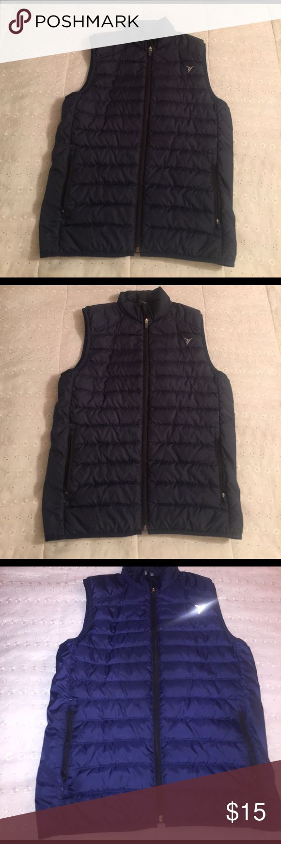Navy Blue Vest Navy Blue Vest, excellent condition! Old Navy Jackets & Coats Vests