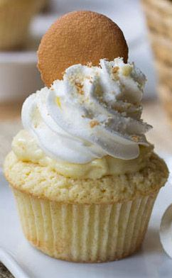 "Banana Pudding Cupcakes | Amazinggg! But mix the wafer crumbs into some of the ""pudding"" , tons left over"