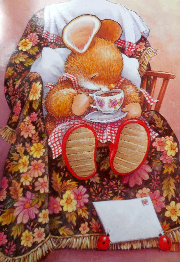 Il était une fois, une grosse souris qui sirotait son thé avant de prendre son courrier porté par deux factrices: Les demoiselles Coccinelles! ♥ Country Companions ♥