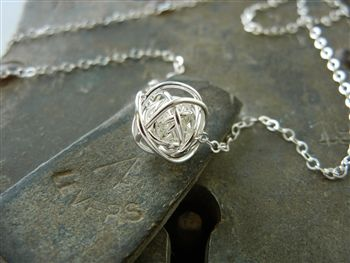 This love knot necklace represents all the twists and turns we take in our life and in our relationships with friends, family and loved ones. #gifts for wives