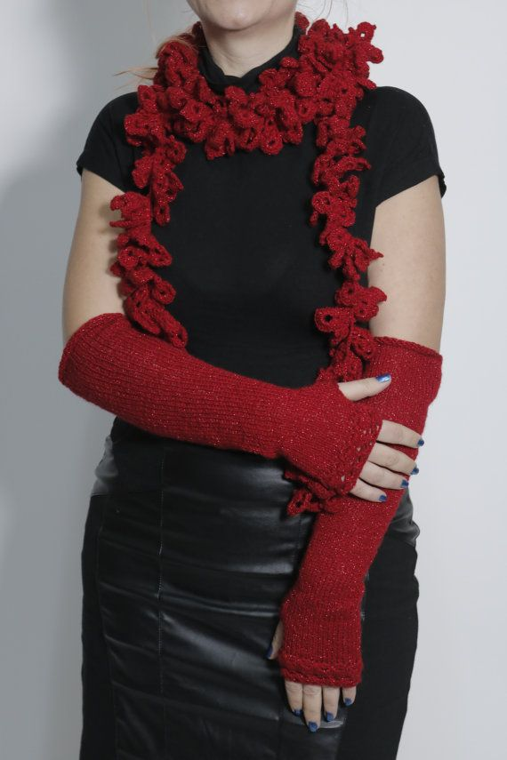 Christmas gift Crochet scarf knit mittens by ButiculColorat