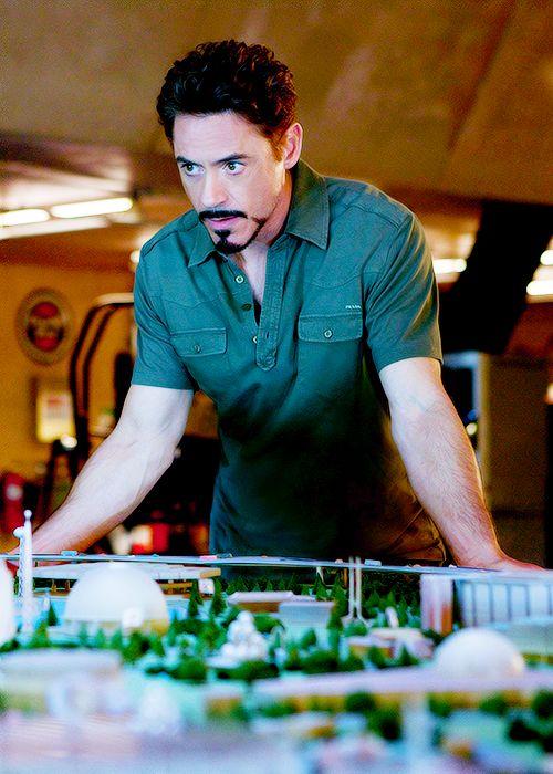 IRON MAN 2's Crucial Role in Tony Stark's Legacy - Nerdist  |Tony Stark Iron Man 2 Hair