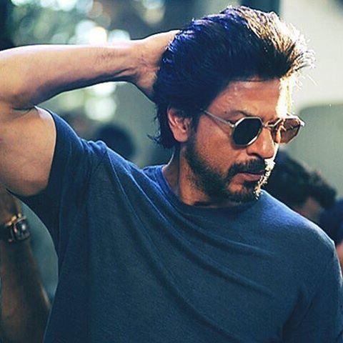 #HQ: SRK at muhurat of #Hrudayantar marathi film by #vikramfadnis, Mumbai today