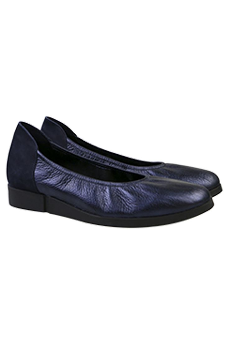 Arche - The Coeze Flat In Navy