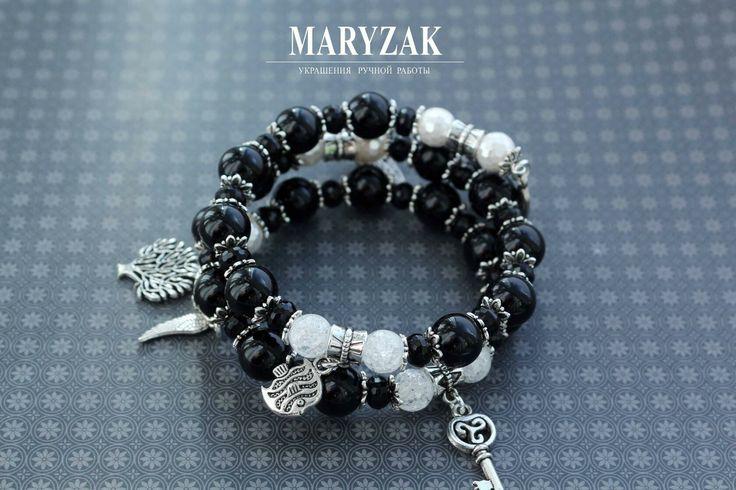 Спиральный браслет с агатами, кварцем, жемчугом, металлическими подвесками и фурнитурой. Эксклюзивный авторский дизайн. #maryzak #fashion #jewerly #look #мода #красота #стиль #браслет #ручнаяработа