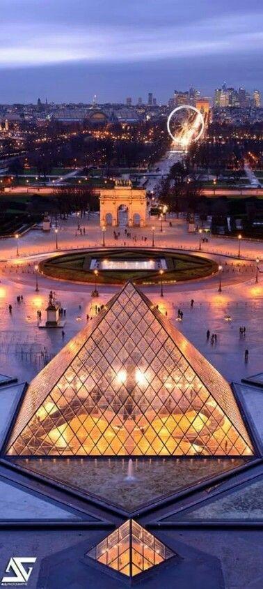 Louvre Muséum - Paris