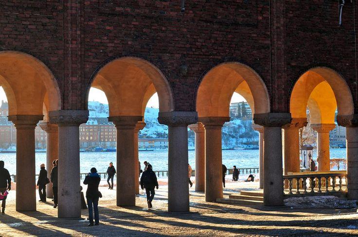 Stockholm city hall pillars google search landscape for Design pinterest stockholm google