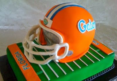 gateaux en forme de sports gateau football americain casque Etonnants gateaux en forme de sports sport ski skate ring peche gâteau footb...