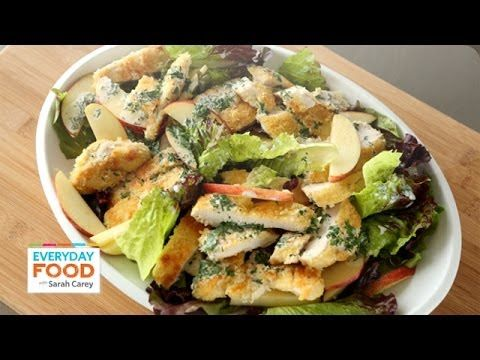 Video Watch: One of the MOST delicious fall dinner salads!  Use your farm box organic apples, fresh parsley and red leaf lettuce. Crispy Chicken and Apple Salad - Everyday Food with Sarah Carey