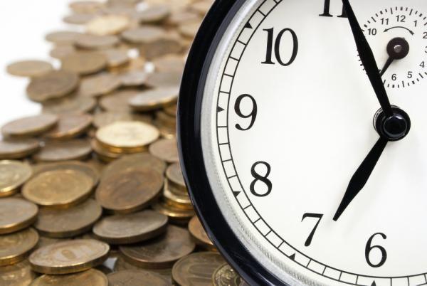 В денежной магии существуют как обряды на привлечение денег, так и заговоры и ритуалы на деньги. Обряд на деньги - это почти тоже самое, что и ритуал для денег, только в случае обряда используется эн…