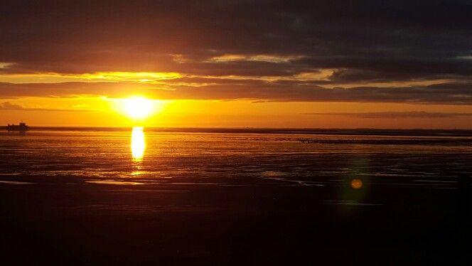 Dag afsluiten met een gouden gloed #waddenzee #marinaschier #Schiermonnikoog