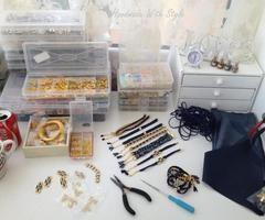 Lucrez la comenzi... :)   via Facebook  #accessoriesmaria #jewelry #accessories  #jewels #charms #handmade #atelie #worckshop #creative
