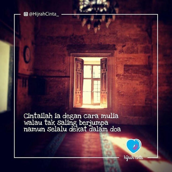 Follow @hijrahcinta_ Dan janganlah kamu mendekati zina sesungguhnya zina itu…