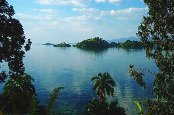Lake Kivu, Rwanda.\ BelAfrique your personal travel planner - www.BelAfrique.com