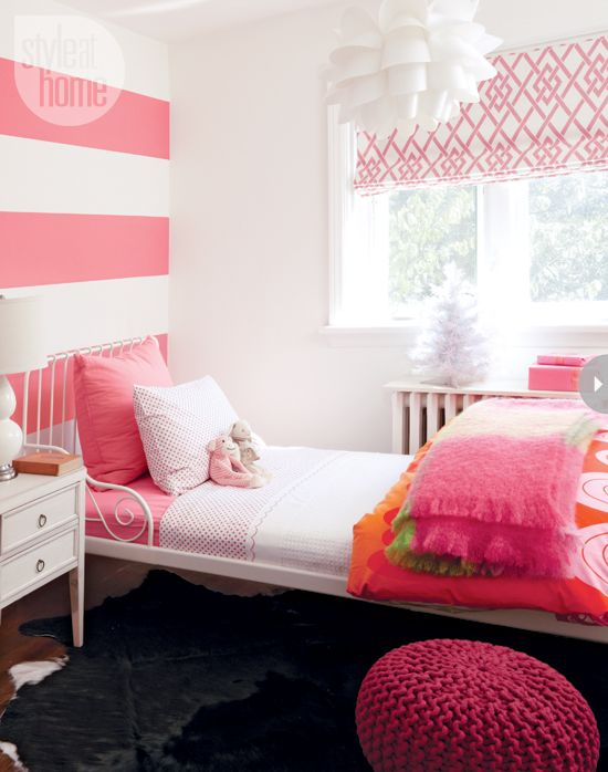 Girl's bedroom decor: Pretty in pink {PHOTO: Joe Kim/TC Media}