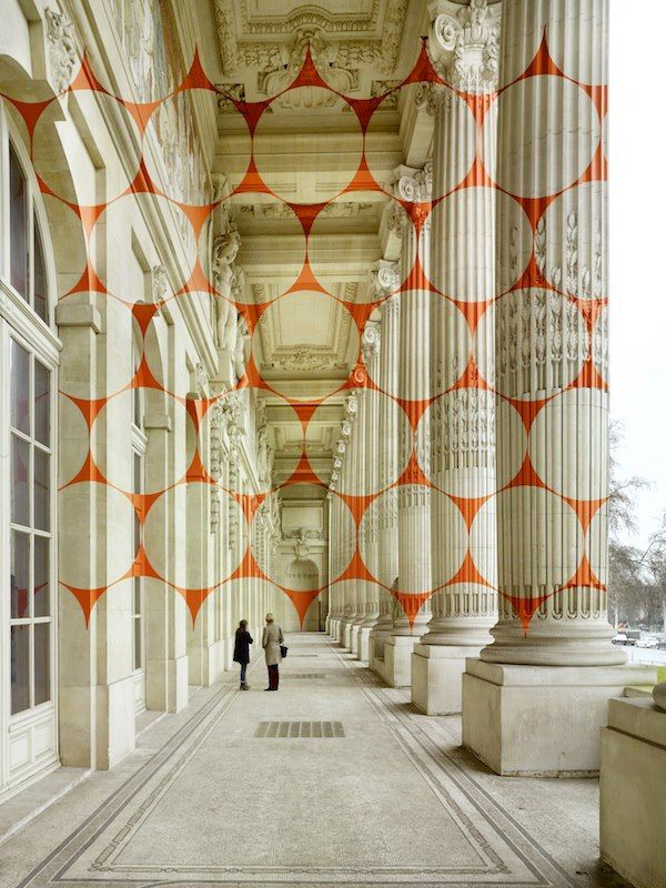 A new geometric projection by Felice Varini painted onto the Grand Palais in Paris. See it from different perspectives at the link: http://www.thisiscolossal.com/2013/05/new-geometric-projection-by-felice-varini-in-paris