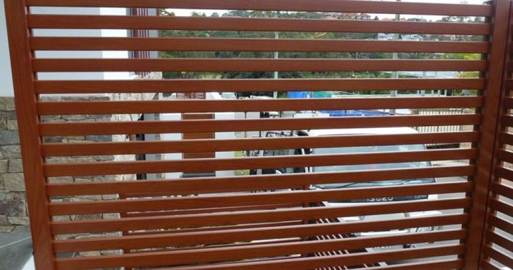 Privacy Screens by Fencing Manufacturers  Fencing Manufacturers provide world class privacy screens with latest designs and colours. Various sizes of security fencing also available here, visit our website and check our products and services. #privacyscreens #glasspoolfencing