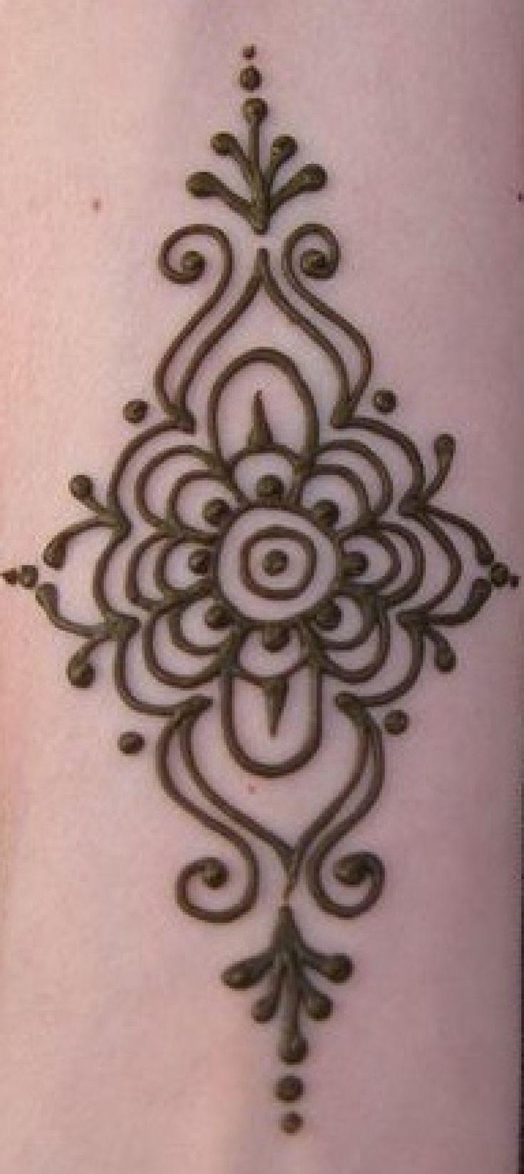 Long Flower Simple Mehndi Designs