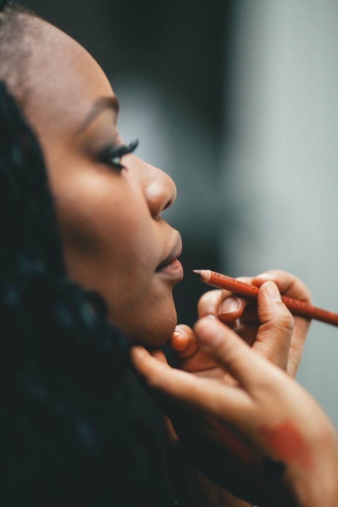 Comment maquiller les peaux noires et métisses pour un mariage