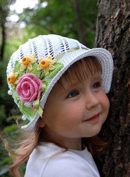 Pretty girls floral crochet hat.
