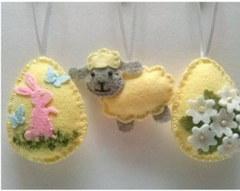 Felt Easter decoration Felt Easter eggs with flowers by DusiCrafts