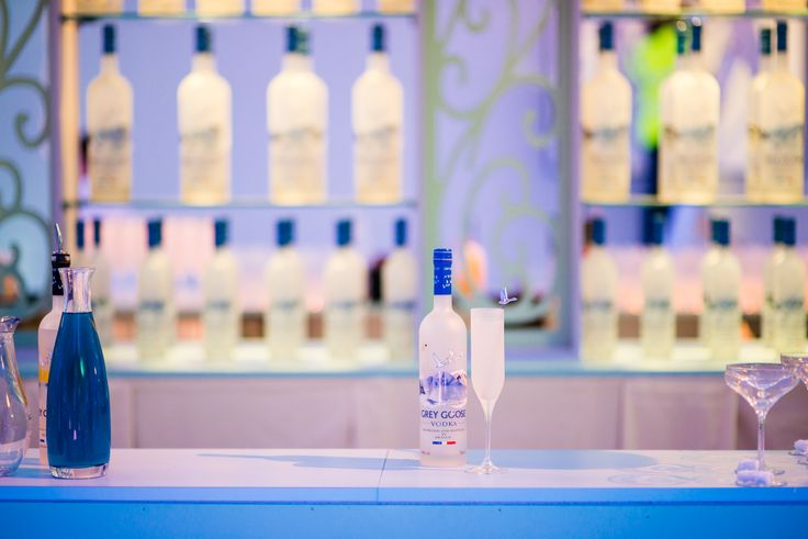 GREY GOOSE Le Fizz takes center stage for any celebration. Achieve the extraordinary. #FlyBeyond