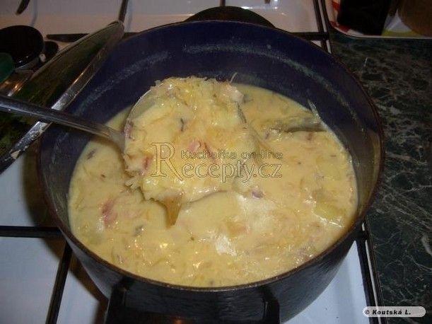 Babččina zelňačka. Mám tak hezké vzpomínky teto polévky! ❤️ http://www.recepty.cz/recept/babiccina-zelnacka-19057