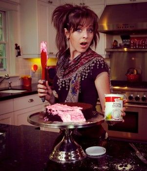 Lindsey Stirling's Signature Style