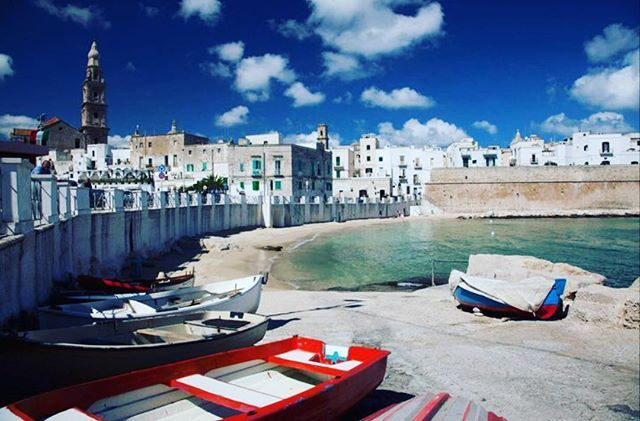 I grew up in the lively and charming port town of Monopoli here in Puglia and this has been my favorite view of the city walls and the old town skyline ever since.