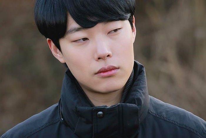"""Ryu Jun Yeol tuvo un accidente automovilístico en su camino al set de """"Reply 1988"""""""