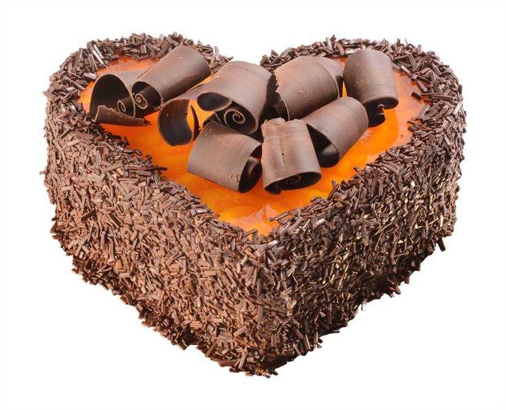 Dortové srdce Mandarinkové Noblesní přitažlivá kombinace šťavnatých mandarinek a dvou lahodných krémů – tmavý čokoládový a světlý s citrusovou příchutí. Top je tvořen s mandarinkami v želé se strouhanou čokoládou.