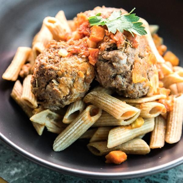 Grass Fed Beef Meatballs in napoli with wholemeal pasta 350g