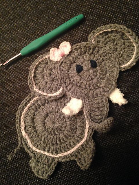 Ravelry: Elephant Applique pattern by Hooking Housewives