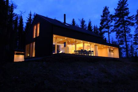 Tutustu tähän mahtavaan Airbnb-kohteeseen: Huvila omassa saaressa kaupungissa Mänttä-Vilppula