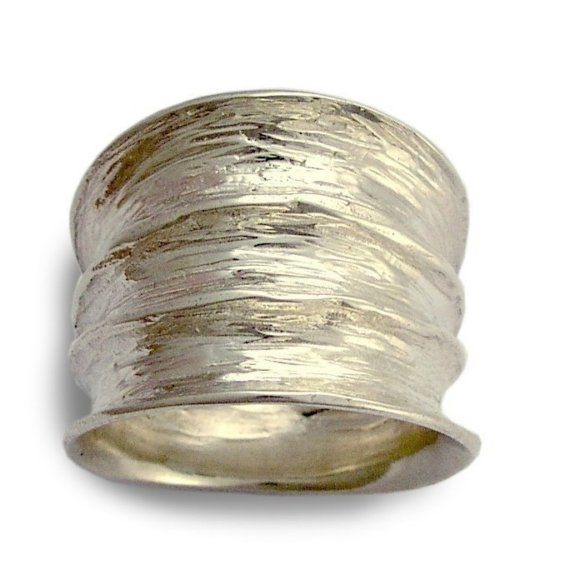 Sterling silver wide ring - love it!