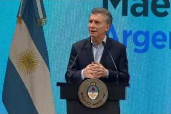 """El presidente Mauricio Macri encabezó el acto de entrega de premios """"Maestros Argentinos"""""""