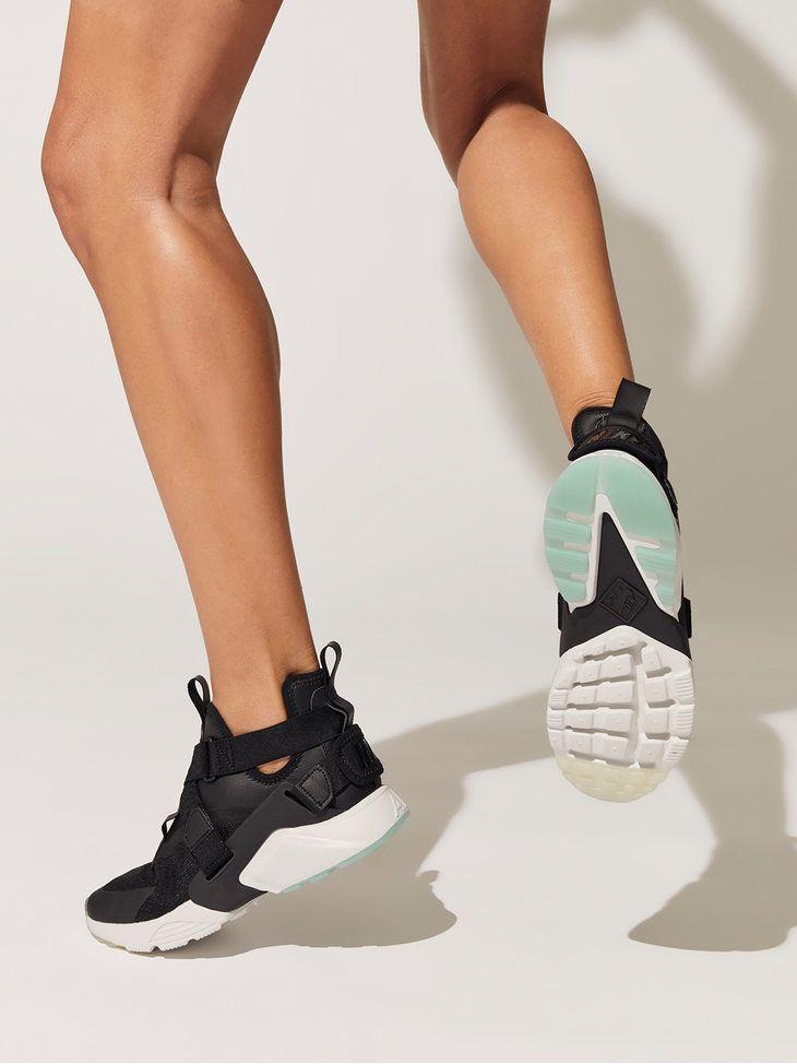 NIKE Women's Nike Air Huarache City Shoe BlackBlack summit